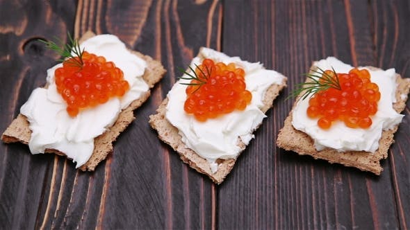 Cover Image for Crackers With Cream Cheese And Red Caviar