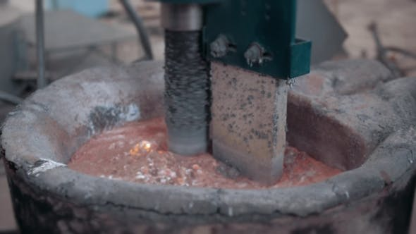 Thumbnail for Molten Metal Cleaning By Mixer Molding And Aluminum Alloy Casting, Red Hot Iron