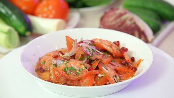Cover Image for Fresh Healthy Salad With Tomatoes And Onions