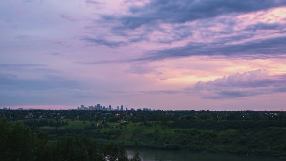 Thumbnail for Sunset  Of City Skyline From a Distance