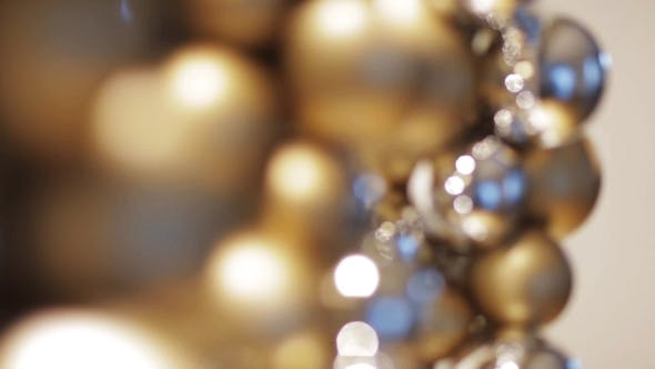 Cover Image for Golden Christmas Decoration Or Garland Of Beads 10