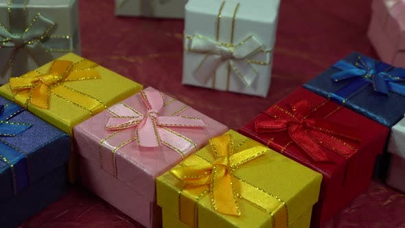 Beautiful gifts for Valentine's Day