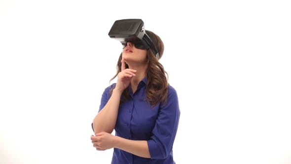 Thumbnail for Woman Endresses With VR