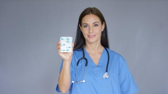 Thumbnail for Doktor mit Stethoskop Halterungspaket