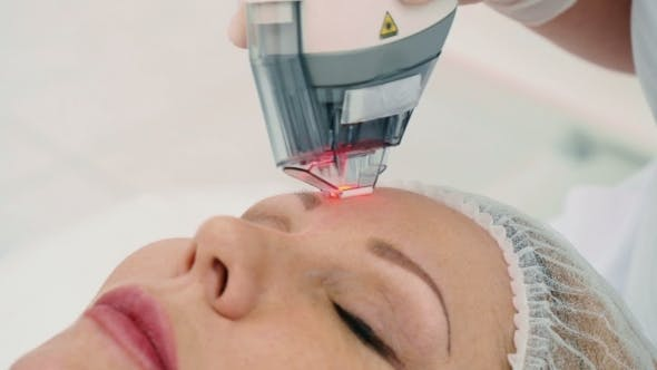 Cover Image for The Procedure From Wrinkles Removal on the Face
