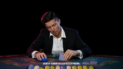 Winning Player in the Online Poker.