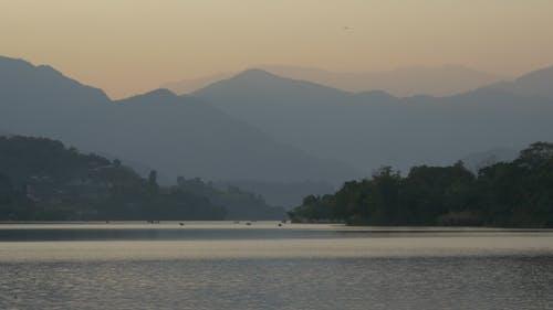 Boating in Mountain Lake
