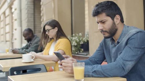 Loneliness People with Smartphones