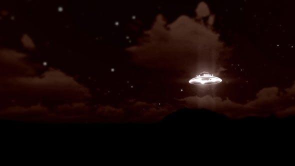 UFO Flying - Old Film
