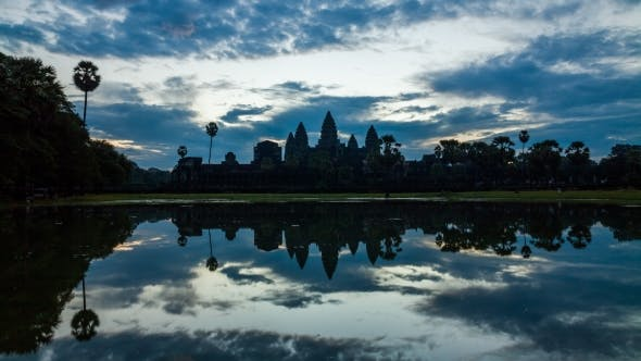 Cover Image for Angkor Wat Temple at Sunset