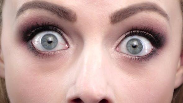 Thumbnail for Girls Blue Eyes in Wonder