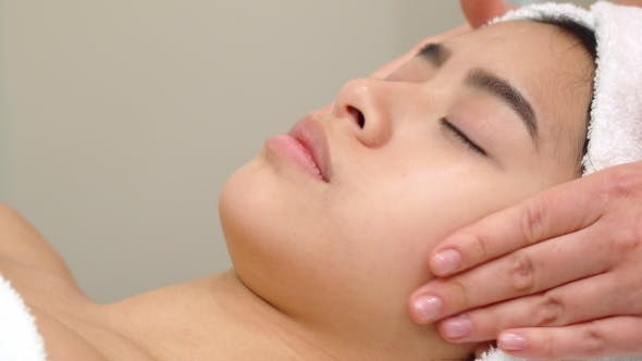 Thumbnail for Massage Specialist Stokes Girl's Forehead