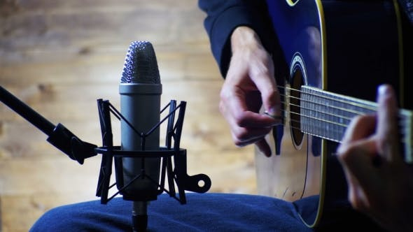 Thumbnail for Recording Acoustic Guitar In The Studio