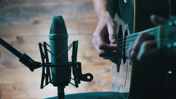 Thumbnail for Recording Acoustic Guitar in Microphone on the Home Studio