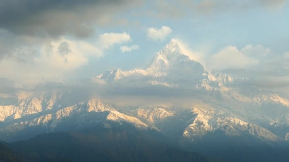 Everest Mountain Range