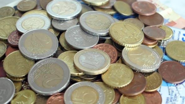 Geld, Münzen, Banknoten, Kreditkarte