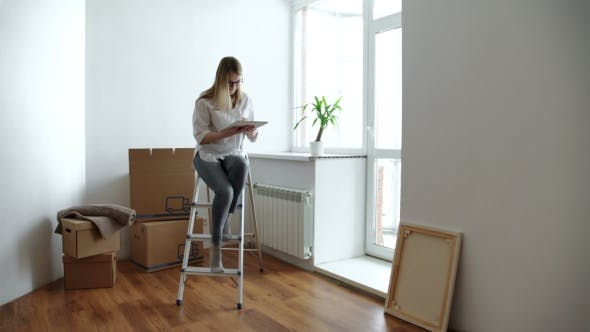 Cover Image for Cute Girl During Moving Home
