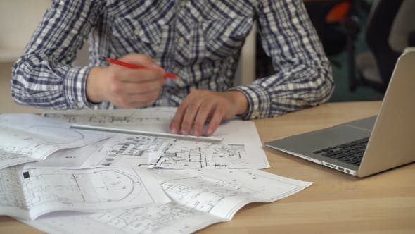 Thumbnail for Architect in the Modern Office