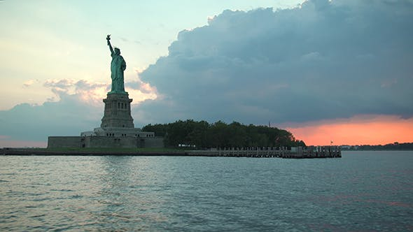 Cover Image for The Statue of Liberty in New York City