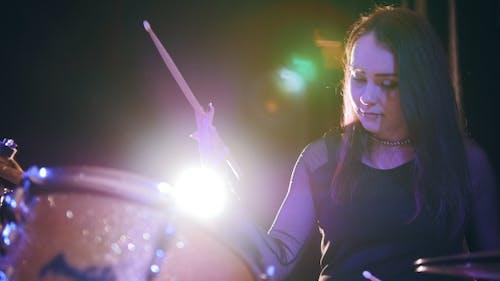Beauty Black Hair Girl Twisting Drumstick - Drum Performing, Rock Music