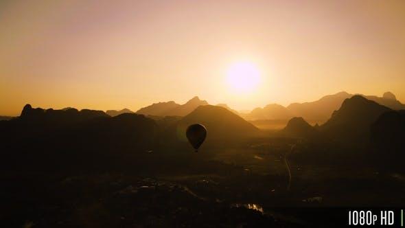 Thumbnail for Silhouette of Hot Air Balloon Ride