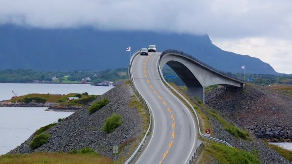 Cover Image for Atlantic Ocean Road Norwegian Construction of the Century