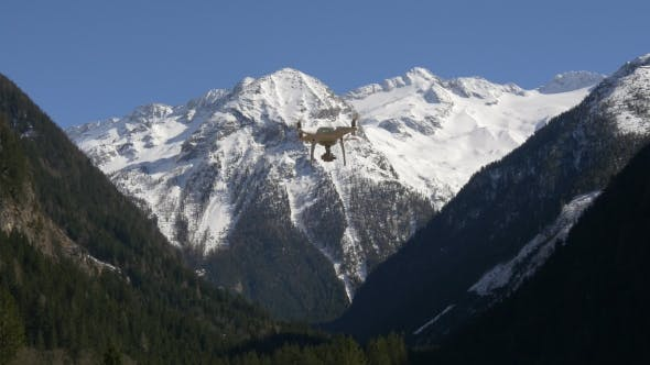 Thumbnail for Dron in the High Mountains