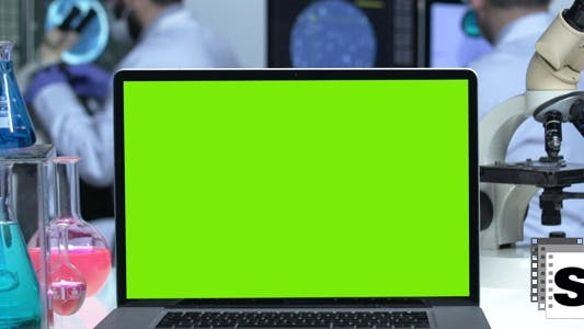 Cover Image for Laboratory Green Screen Laptop