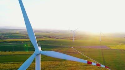 Windmill Turbines, Wind Reneval Energy Turbines