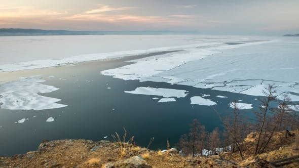 Thumbnail for Spring Ice Drift at the Northern Lake