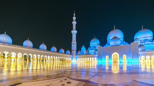 Sheikh Zayed Grand Mosque in Abu Dhabi in the Evening Light