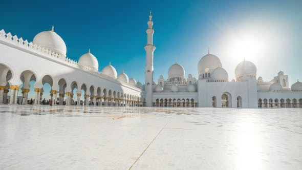 Thumbnail for Panoramic View of the Sheikh Zayed Grand Mosque in Abu Dhabi