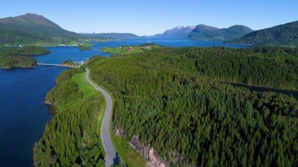 Thumbnail for Luftaufnahmen Schöne Natur Norwegen.