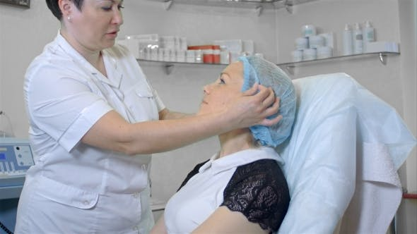 Thumbnail for Cosmetologist Preparing Female Client To a Beauty Procedure