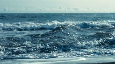 Waves in Ocean Splashing Waves