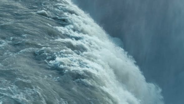 Thumbnail for The Most Famoust Icelandic Waterfall, The Golden Falls of Gullfoss