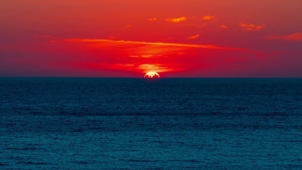 Cover Image for Beautiful Sunset  Above the Sea