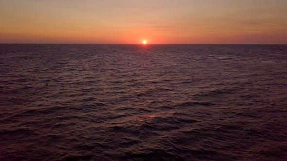 Thumbnail for Sunrise in Ocean