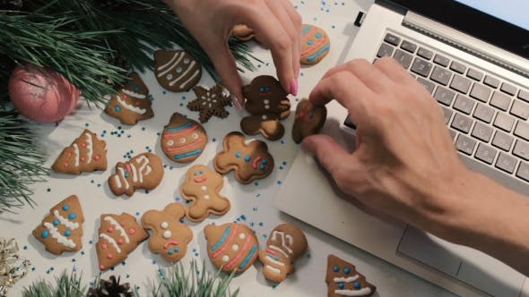 Thumbnail for Flirt Concept with Christmas Traditional Cookies