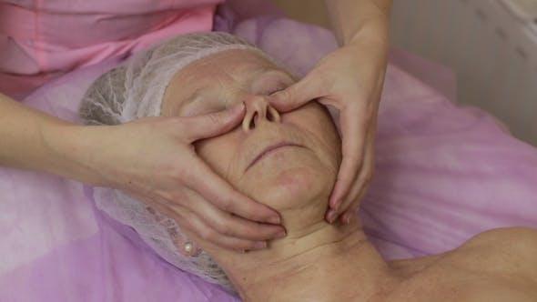 Thumbnail for Rejuvenating Facial Contour Massage in Spa Salon