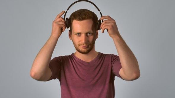 Thumbnail for Ginger Male Use Headphone Dance