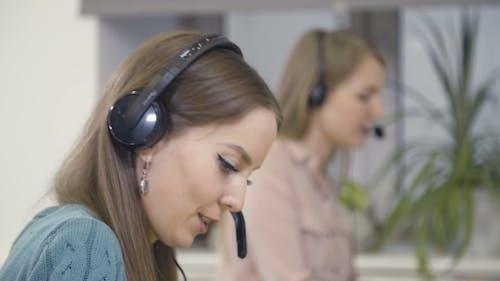 Weiblicher Kundenservice