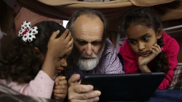 Thumbnail for Smart Kids Explain How To Use Internet To Grandpa
