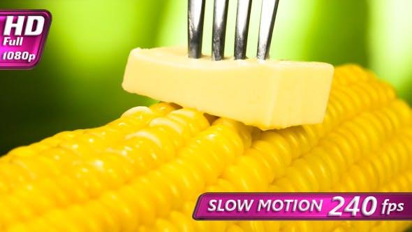 Thumbnail for Stück Butter auf dem Mais