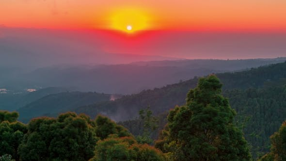 Cover Image for Sunset in the Tropical Mountains in Bali, Indonesia