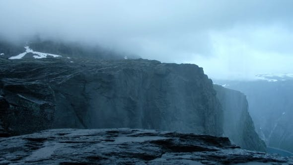 Cover Image for Upsidedown Waterfall Near Famous Trolltunga Cliff