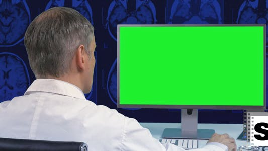 Doctor Green Screen
