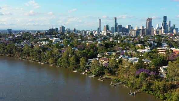 Aerial view of Houses along the Brisbane River, Brisbane.