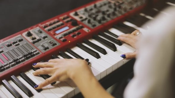 Thumbnail for Hands Playing Piano