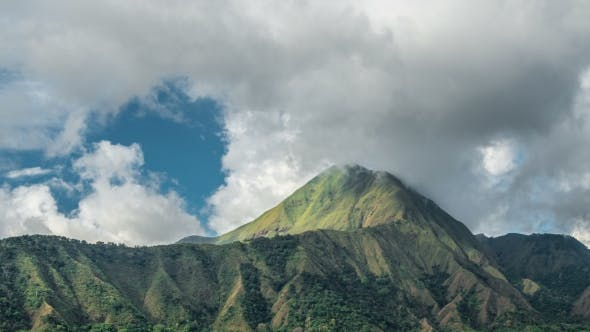 Cover Image for Misty Clouds Covered with Clouds in Sembalun Lawang, Lombok, Indonesia